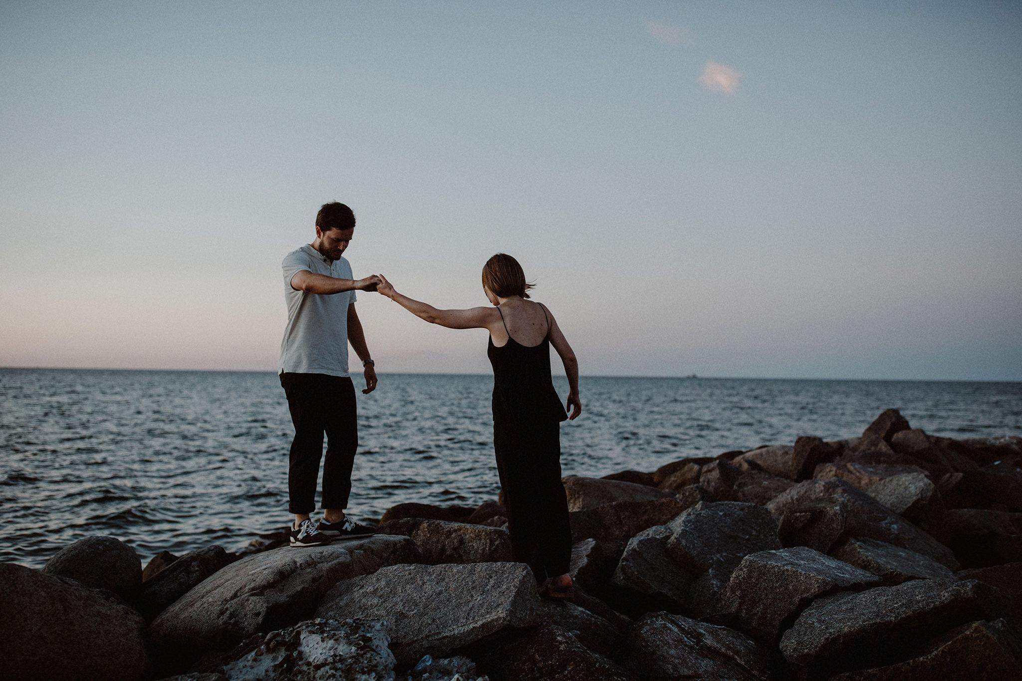 engagement-paar-fotos-ostsee-kiel-044